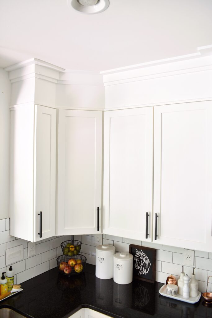 How To Make A Builder Grade Kitchen Look Custom Hilltown House