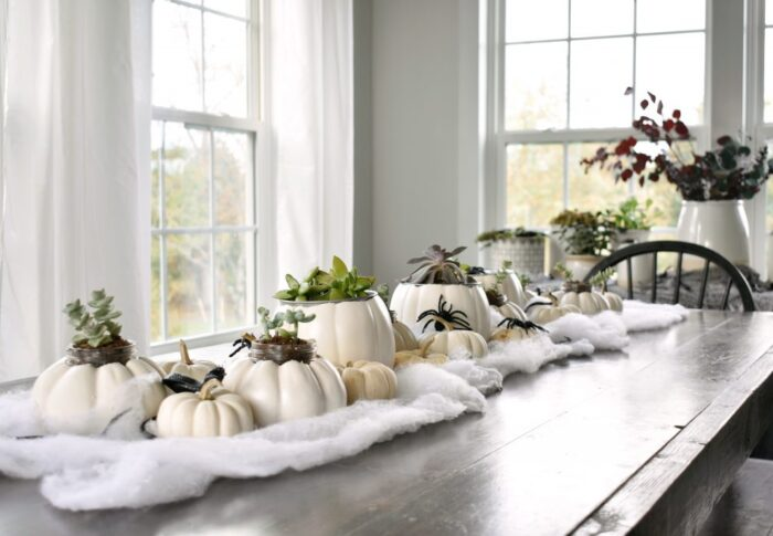 How I decorate for Halloween (without breaking the bank)